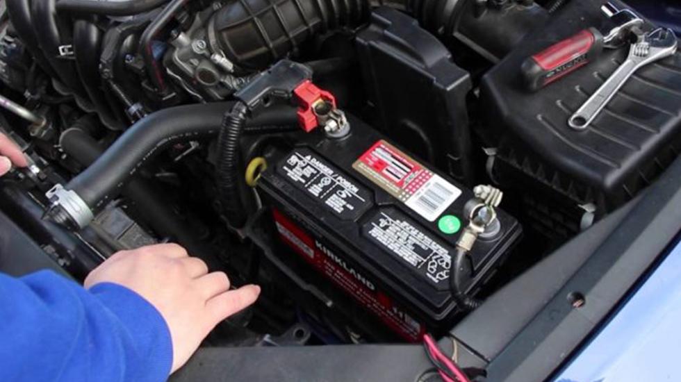 fallos más habituales de la batería del coche